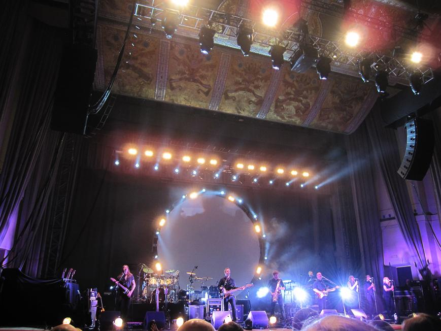 Brit Floyd - PULSE - WORLD TOUR 2013. 03.12.2013, Warszawa - Sala Kongresowa, foto 02.